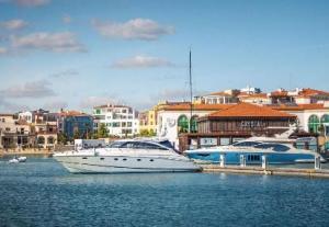 Средиземноморский шарм южного Кипра